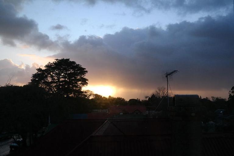 Sonnenuntergang aus dem Hostelzimmer fotografiert