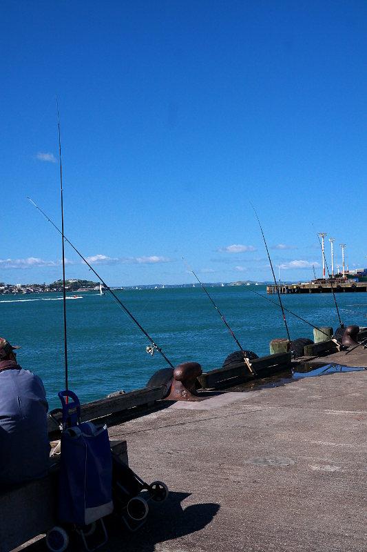 Angeln am Hafen Auckland