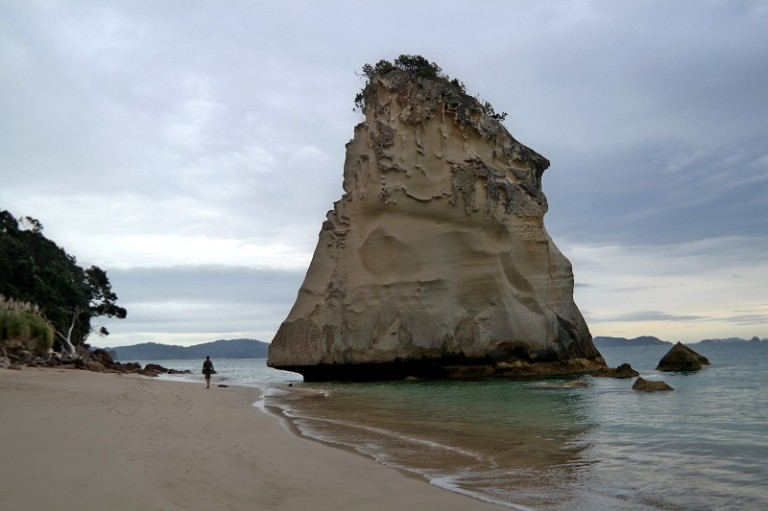 cathedral_cove_03