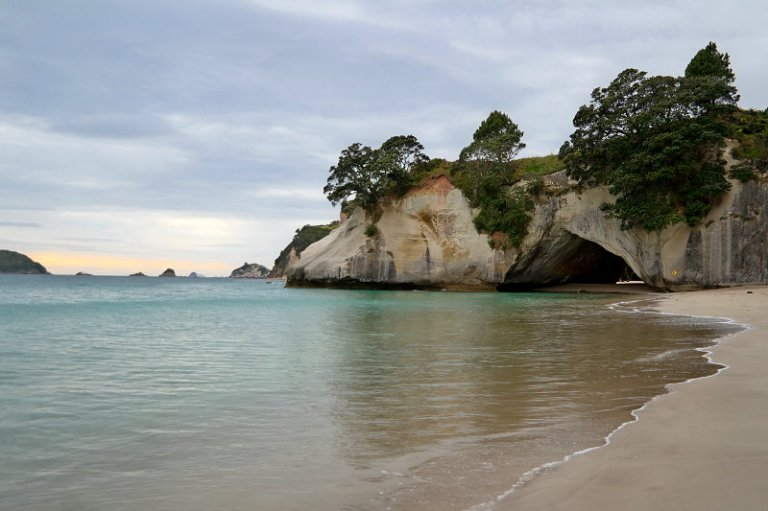 cathedral_cove_04