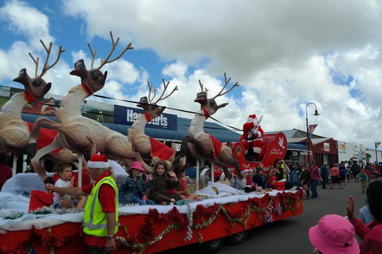 christmas_parade_08
