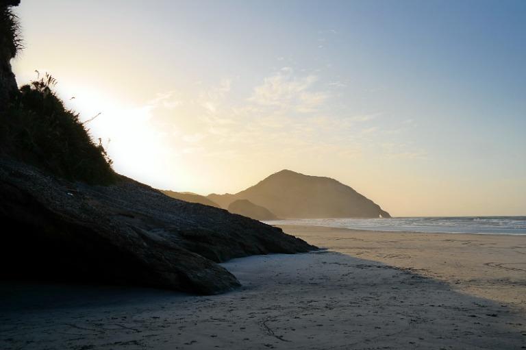 wharariki_beach_08