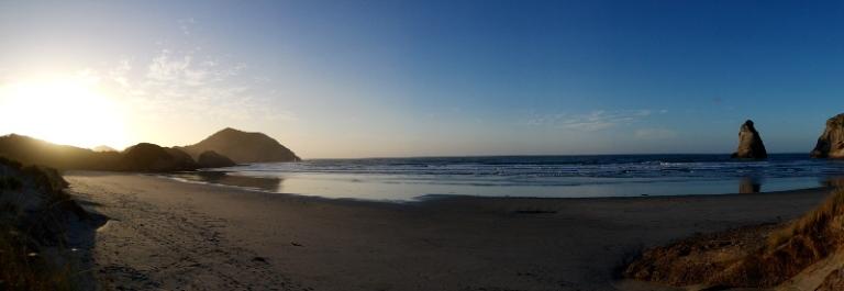 wharariki_beach_09