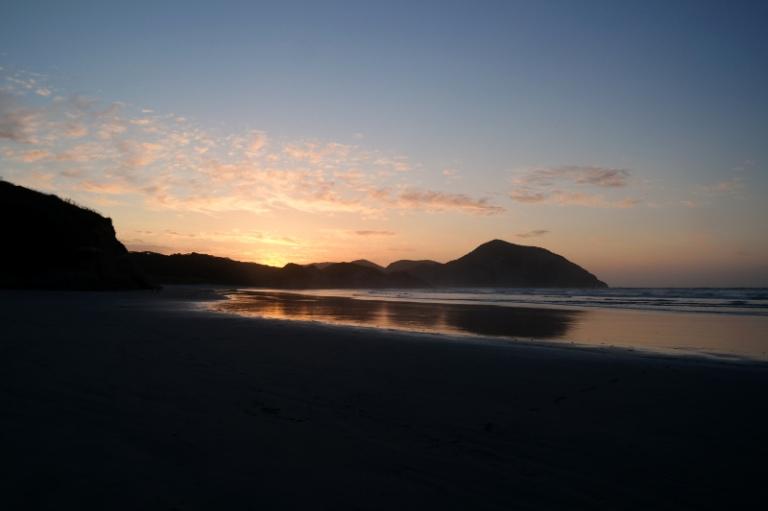 wharariki_beach_12