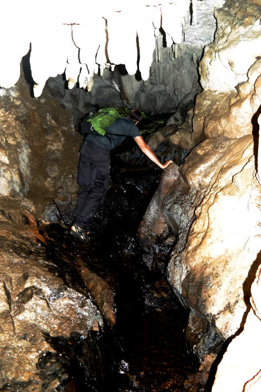 cave_track_05
