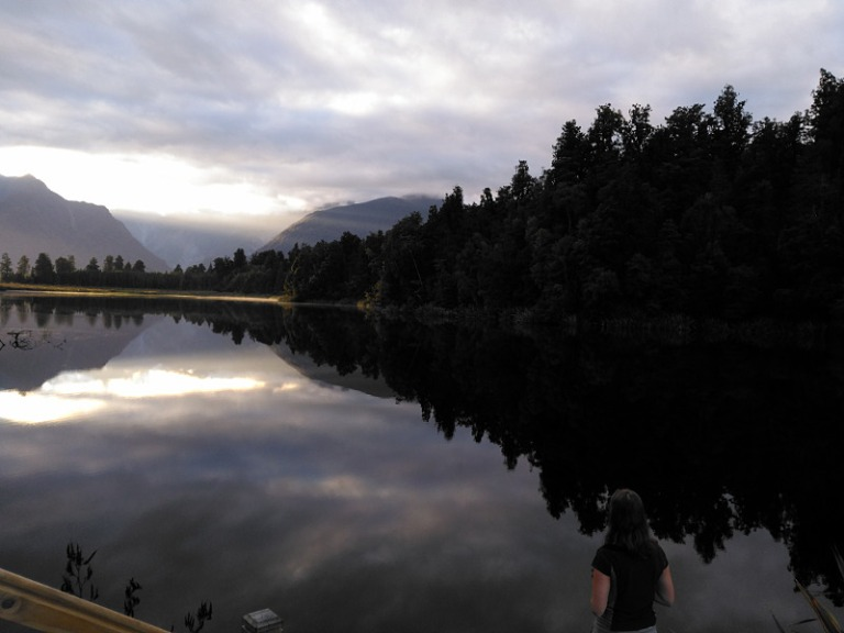 mirror_lake_matheson_01