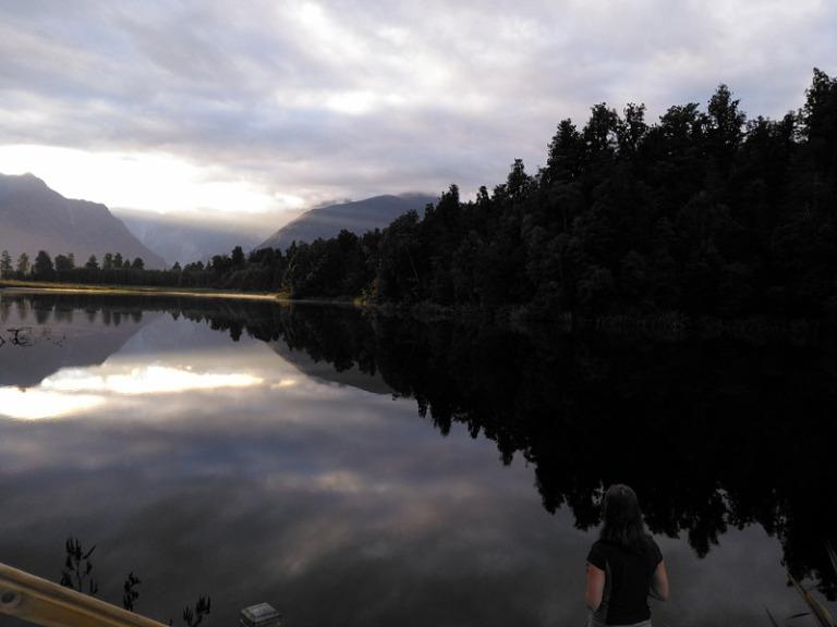 mirror_lake_matheson_01