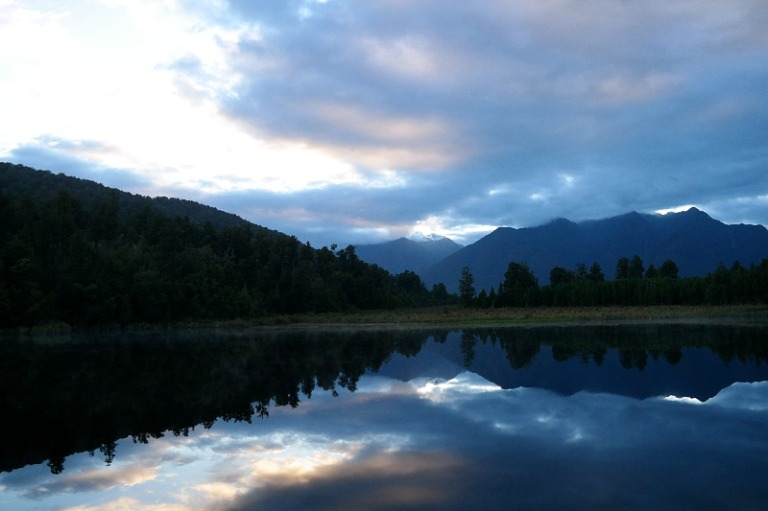 mirror_lake_matheson_04