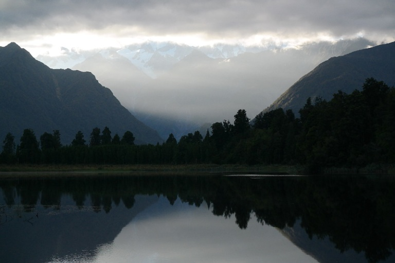mirror_lake_matheson_10