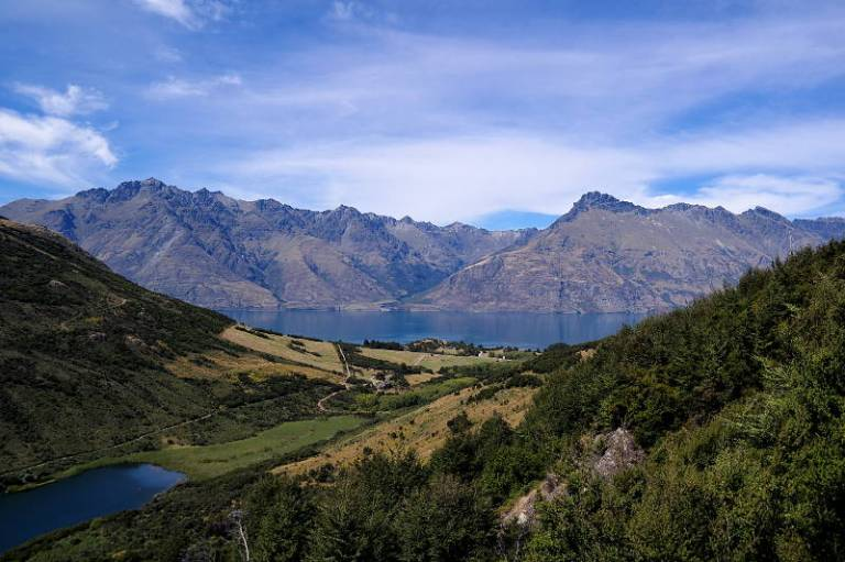 queenstown_gold_walk_03