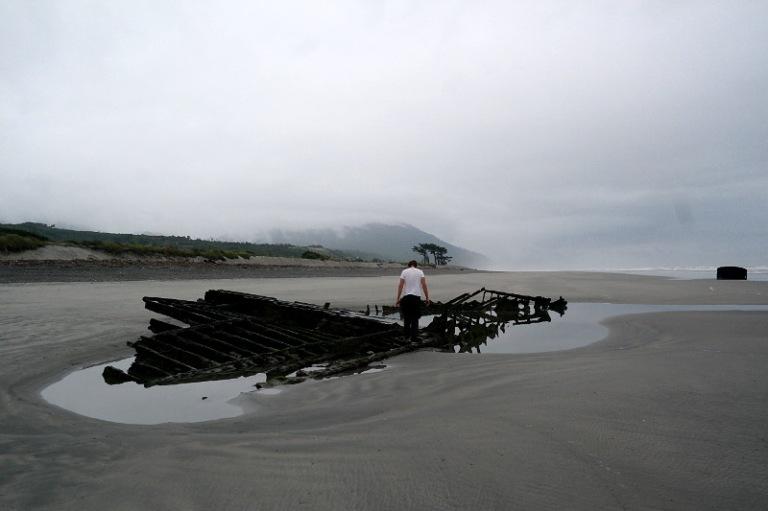 westcoast_shipwreck_04