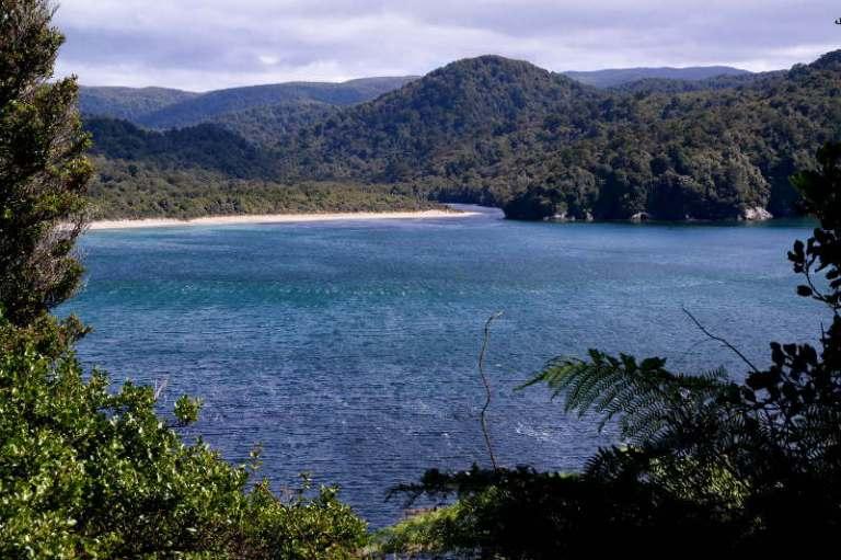 stewart_island_12_maori_bay_01