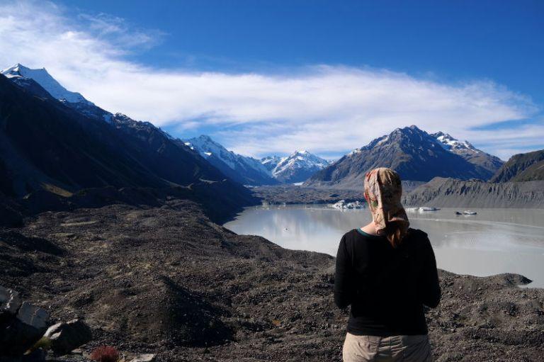 Mt Cook, Mt Tasman, Tasman Gletscher mit Franzi