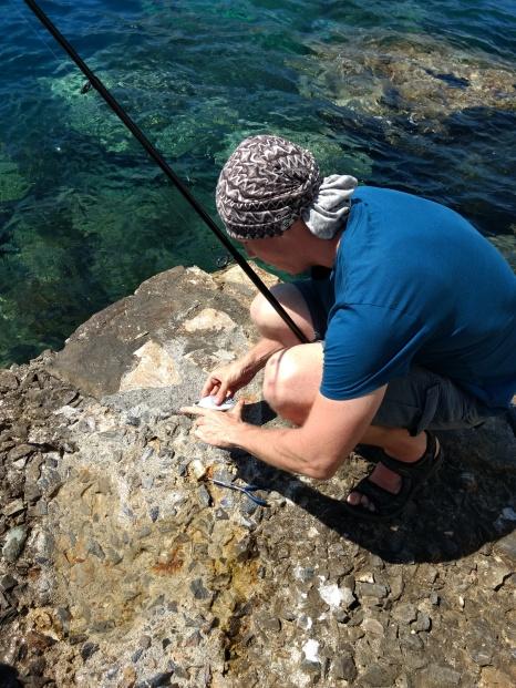 Angeln auf Korsika - der Fisch muss zurück ins Wasser