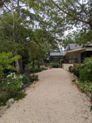 Cobb's Hill Estate